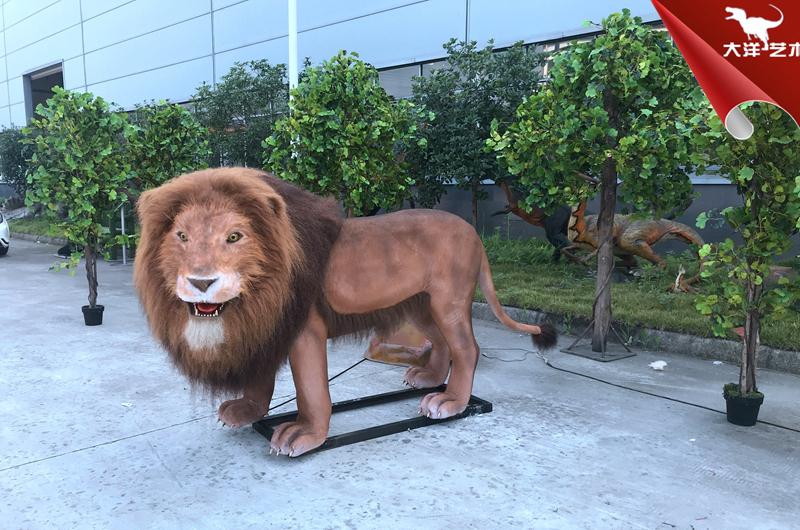 仿真狮子模型