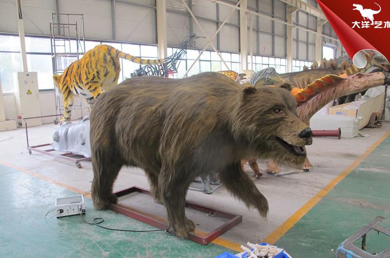 仿真熊模型