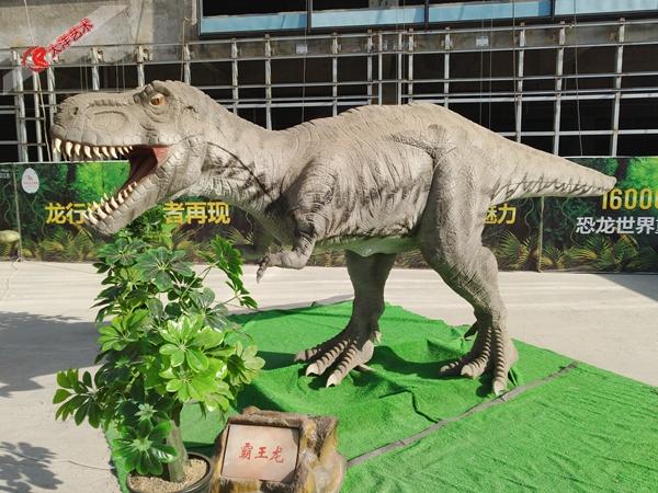 2017年宁夏室外仿真恐龙展出